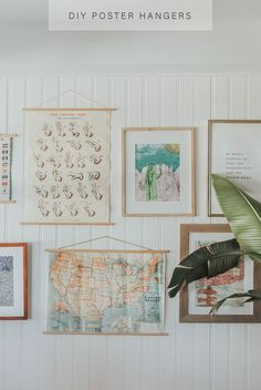 Diy poster hangers in 3 steps 25 poster ideas to create a buzz for your next event Diy Poster Frame, Diy Frame, Frames For Posters, Art Frames, Hanging Artwork, Hanging Posters, Posters Diy, How To Hang Posters, Poster Ideas