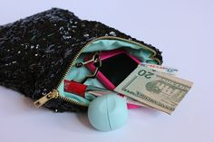 Sweet Verbena: Lined Sequin Clutch With Zipper: a tutorial