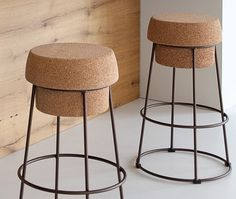 Stool, lacquered steel frame, regenerated cork seat. For quantities and with a surcharge, the cork seat can be personalized with a laser print logo, as per a vectorial file the customer will supply with (EPS, AI, PDF, CDR) lbs 22 - cu ft - 1 x box/2 boxes