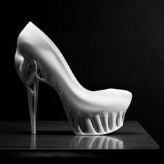 Biomimicry Shoe, Marieka Ratsma, future fashion, futuristic fashion, unique shoe, Kostika Spaho, futuristic look, futuristic style, futurist by FuturisticNews