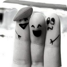 trois doigts