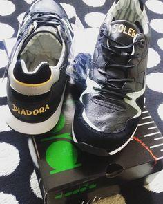 "Solebox x Diadora "" Azzurro "" -  #lpu #bundytalk #igsneakercommunity #solecollector #diadoradaily #diadora #diadoraheritage #complexkicks #madeinitaly #turnschuhtv #turnschuh38 #basementapproved #solelysneakers #kicks0l0gy #runnergang #soleboxmuenchen #soleboxberlin #frankfurt #frankfurtbrudi #frankfurtammain #jersey #nyc #italy #osijek #nicekicks #kotd #walklikeus by bundytalk"