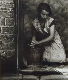 Young Housewife, Bethnal Green, England. Bill Brandt