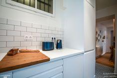 un appartement de 53m2 à Paris  de la cuisine au séjour ( cloison couloir abattue)