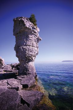 Flowerpot Island is part of Fathom Five National Marine Park in Ontario, Canada. It is one of the must-visit destinations when in Bruce Peninsula.