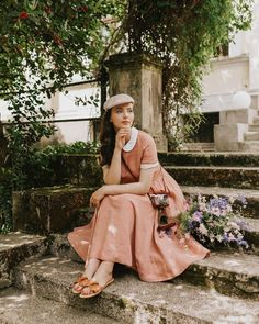 """Aida Đapo Muharemović on Instagram: """"Giveaway time 🌱 As you may already know - I'm a huge linen dress lover. Even during Summer SALE not everybody longing for a Son de Flor…"""" 1940s Fashion, Vintage Fashion, Idda Van Munster, Robes Vintage, Vintage Summer Dresses, Vintage Inspired Outfits, Full Circle Skirts, Fall Skirts, Summer Fashion Outfits"""