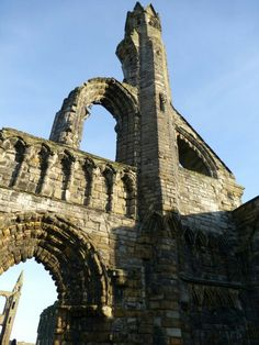 Cathedral ruins - St Andrews.