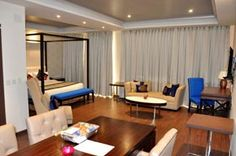 The hotels in Dharamshla are quite luxurious with reference of their services and facilities whereas the hotels at Strawberry Hills, Near Dal Lake are moderate and economical for the individuals travelling in budget.