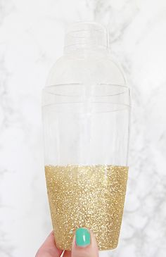 A Bubbly Life: DIY Glitter Cocktail Shaker