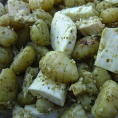 Made this tonight with penne vs gnocchi.    Was AWESOME!   Gnocchi with Chicken, Pesto and Fresh Mozzarella