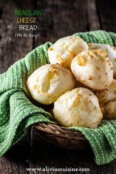 Authentic Brazilian Cheese Bread (Pão de Queijo), the most popular Brazilian snack is gluten free and loaded with gooey cheese. You& be hooked! Pan Focaccia, Bread Recipes, Baking Recipes, Drink Recipes, Brazilian Cheese Bread, Kitchenaid, Biscuit Recipe, Sans Gluten, International Recipes