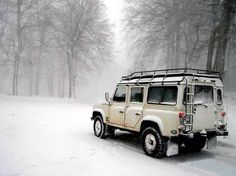 With any great off-roader like this Land Rover Defender, you'll actually look forward to driving in the snow!
