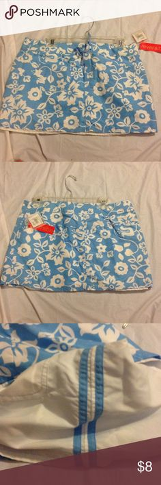 Donating Soon! Last Call ⭐️ cute reversible skirt Blue floral on one side and white on the other. NWT Mossimo Supply Co. Skirts