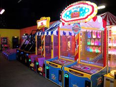 Located by Wolf Pen Amphitheater and Post Oak Mall in College Station Texas. College Station Texas, Putt Putt Golf, Taxi, Arcade Games, Bowling, Jukebox, Gifts For Kids, Wolf, Cool Stuff