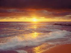 pacific ocean | Sunset Cliffs Beach on the Pacific Ocean at Sunset, San Diego ...