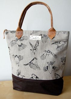Linen Day bag screen-printed with flying British garden birds.