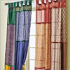 Cortinas realizada con retales. Una buena idea para una cortina economica y diferente.