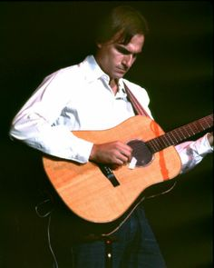 """James Taylor - (74/100) Born March 12th, 1948  Key Tracks """"Fire and Rain,"""" """"Sweet Baby James,"""" """"You've Got a Friend""""  Influenced Jack Johnson, Garth Brooks    Read more: http://www.rollingstone.com/music/lists/100-greatest-singers-of-all-time-19691231/james-taylor-20101202#ixzz2W3PVxhyh  Follow us: @Michelle Rolling Stone on Twitter 