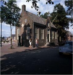 Son, Markt 1 - Rijksmonument  Auteur: Bijvank, G.J. - 1975 - 1982