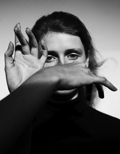 Jack Davison's Throwback to a Golden Age of Editorial Portraiture Hand Photography, Editorial Photography, White Photography, Portrait Photography, Distortion Photography, Photography Flyer, Reflection Photography, Fashion Photography, Old School Pictures