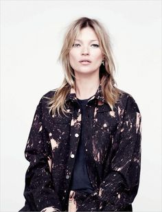 Kate Moss in Raf Simons/Sterling Ruby for AnOther Magazine Photography by Willy Vanderperre, Styling by Olivier Rizzo Kate Moss, Raf Simons Sterling Ruby, Daily Fashion, Fashion Beauty, Moss Fashion, Miss Moss, All Jeans, Textiles, Lookbook