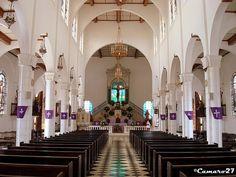 """Templo de Nuestro Señor """"El Cristo Negro""""  Municipio de Juayúa ubicado en la ruta de las Flores, Departamento de Sonsonate, El Salvador Centroamérica."""
