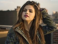 Selene Gomez Is Planning To Have A Baby Even If She Never Finds Mr Right | Breaking News | Mp3 Download |Celebrity Gossips | Entertainment News