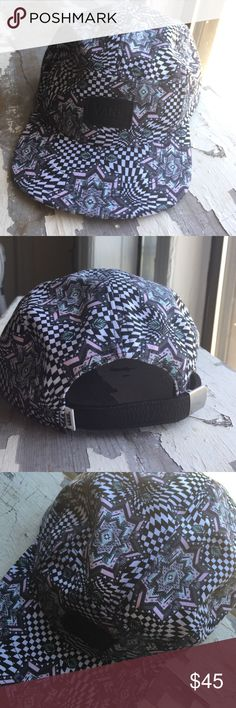 Vans 5 panel hat Never worn, perfect condition. Leather vans patch and back strap Vans Accessories Hats