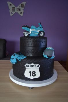 Motorcycle cake by Zaklina