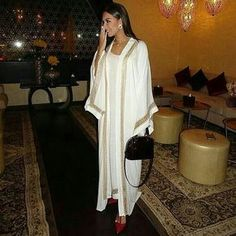 #caftan #mariage #mariagemarocain #marieemarocaine #wedding #moroccanwedding #takshita #caftan #قفطان_مغربي #العروس #المغرب #ر #marocco #morocco #moroccan #moroccanbeauty #beauty #maghreb #kaftan #moroccan#hautecouture #marocaine #oriental #moroccandesig