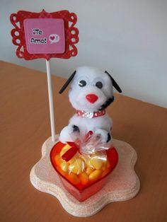 Detalle especial para el 14 de febrero. Mini peluche con dulcero y mensaje personalizado