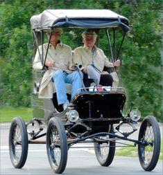 1902 White Model B Steam car ...  =====>Information=====> https://www.pinterest.com/eduardolombardo/vehiculos-raros-y-extras/?utm_campaign=activity&e_t=377ff8efb5f940298522987f3bdce4de&utm_medium=2003&utm_source=31&e_t_s=board