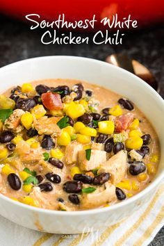 Southwest Creamy White Chicken Chili (stovetop #healthychicken