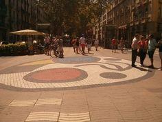 Une #mosaique de #Joan_Miro sur la #Rambla de #Barcelone ! Street View, Joan Miro, Places