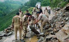 Uttarakhand Kumaon Nat1 Rescue teams try to clear flood debris from the road in Uttarakhand Posted by floodlist.com