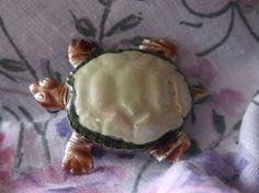 VTG. GREEN & BROWN GLITTER ENAMEL ORNATE GOLD PLATED SEA TURTLE/TORTOISE BROOCH~ #OrnateSeaTurtleTortoise