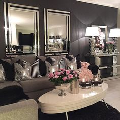46 Luxury and Elegant Living Room Design. Luxurious living room spells different to everyone but each of us has a common notion. Glam Living Room, Elegant Living Room, Cozy Living Rooms, Apartment Living, Living Spaces, Small Living, Black And White Living Room Ideas, White Apartment, Glam Room