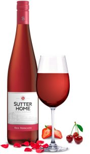 2015 Sutter Home Sweet Red - fresh cherries and juicy peaches can be in one pour. Serve chilled as an aperitif or with grilled meats, delicately spiced Asian cuisine, and light cheeses. Red Moscato, Moscato Wine, Red Wine List, Red Wine Cheese, Wine Away, Sweet Red Wines, Sutter Home, Sweet White Wine, Wine Delivery