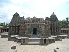 Somanathapura_Keshava_temple_altered.JPG (2592×1944)