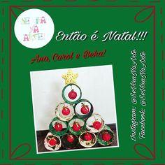 Aqui o Natal já começou!!! #SeViraNaArte #ÁrvoreDeNatal #Reciclagem #BolinhaDeDesodoranteRolon #RoloVazioDeDurex #JáÉNatal #EntãoÉNatal