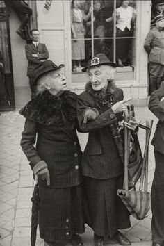 Henri Cartier-Bresson. During the Visit of George VI of England to Versailles 1938