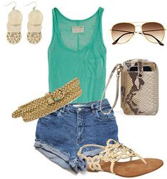 The easiest way to wear high-waisted shorts? Pair them with a plain tank, flat sandals and some cute accessories. Perfect for summer!