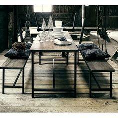 Spisebord med jernstel - Nordal