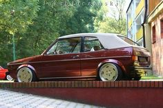 Stanced Cars : Photo Golf Mk 1 Cabrio with fine chrome wheels Golf 1 Cabriolet, Vw Golf Cabrio, Volkswagen Golf Mk1, Vw Mk1, Golf Mk3, Chrome Wheels, Car Wheels, Convertible, Mustang Wheels