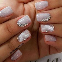 The wedding manicure - the beauty of the bride is in the smallest details - My Nails Lcn Nails, Manicure And Pedicure, French Nails, Cute Nails, Pretty Nails, Nagel Bling, Bridal Nail Art, Wedding Nails Design, Nail Art Rhinestones