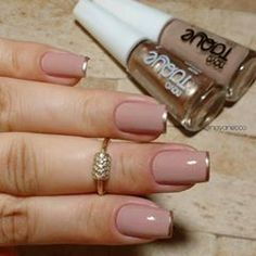 Perhaps you have discovered your nails lack of some fashionable nail art? Yes, lately, many girls personalize their nails with lovely … Nude Nails, Acrylic Nails, My Nails, Beautiful Nail Art, Perfect Nails, French Nails, Natural Nails, Natural Rings, Manicure And Pedicure