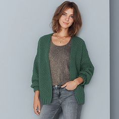 Catalog n ° 15 looks Woman & Child Knitwear Fashion, Knit Fashion, 50 Fashion, Couture Sewing, Cardigan Pattern, Knitting Designs, Girly Girl, Knit Cardigan, Clothes