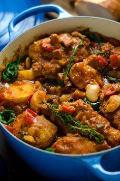 Saucy Spanish Chicken, Chorizo, and Potato Pot - Host The Toast - - Saucy Spanish Chicken, Chorizo, and Potato Pot. This comforting one-pot dinner is going to wind up being one of your most requested meals. There's so much flavor in every bite. Spanish Chicken And Chorizo, Chicken Chorizo, Spanish Chicken And Potatoes Recipe, Chorizo Soup, Mexican Chicken, Healthy Dinner Recipes, Healthy Meals, Cooking Recipes, Spanish Food Recipes