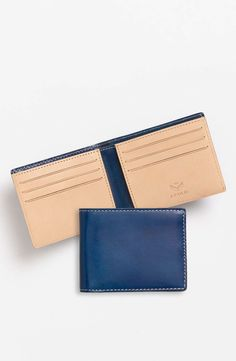 Fold 'Superglaze' Slimfold Wallet available at Leather Wallet Pattern, Leather Card Wallet, Leather Gifts, Leather Craft, Leather Men, Leather Bags, Slim Wallet, Men Wallet, Small Leather Goods