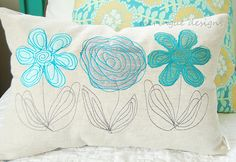 linen pillow featuring two of my original embroidery designs: scribbled roses and scribbled daisy. the appliques are dupioni silk. all embroidered in the same turquoise thread. charcoal thread for the stems. Freehand Machine Embroidery, Free Motion Embroidery, Free Machine Embroidery, Free Motion Quilting, Machine Quilting, Embroidery Stitches, Embroidery Patterns, Flower Embroidery, Fabric Art